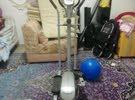 آلة مشي رياضية
