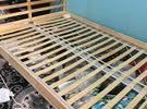 هيكل سرير من ايكيا للبيع