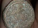 عملة معدنية قديمة  ملاحظة كمية  و البيع في لبنان