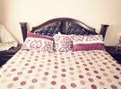 غرفه نوم خشب بحريني  من 5 قطع بحالة ممتازه جدآ