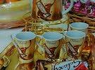 يتوفر الدينا طقم شاي وطقم كوفي