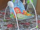 كرسي اطفال هزاز للبيع