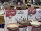 طاقم طناجر جرانيت اللون قهوي يتكون من ثلاثة طناجر وطاوة
