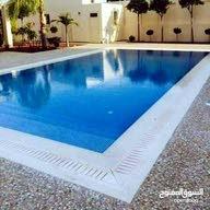 أبو عمر فني وخبير إنشاء برك السباحة