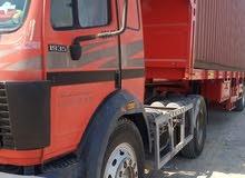 3شاحنات للبيع مرسدس 2 وحده فولفو