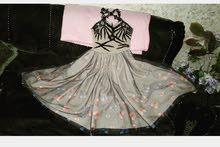 فستان للبيع.