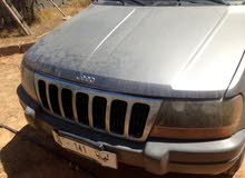 Silver Jeep Grand Cherokee 2002 for sale