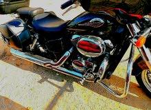 دراجة نارية هوندا شادو قوة المحرك 750cc 3700$