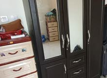 cupboard and 5 drawers