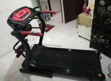 treadmill foldable working in good condition