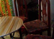 4 كراسي + طاولة