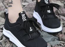 حذاء رياضي نسائي - برباط للإغلاق بتصميم مريح قابل للتنفس