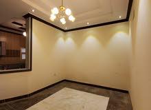 شقة5 غرف بسعر مميز وديكور حديث حي الوزيرية