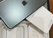 ايفون 11 برو 256 جيبي لون اخضر ديواني