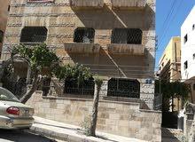عمارة سكنية ثلاثة طوابق في القويسمة