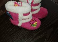 البسة وأحذية نسائي جديد