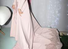فستان خطوبه أو سواريه