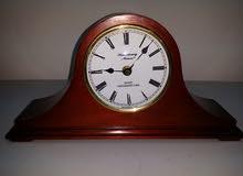 ساعة مكتب أمريكية