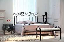 غرفة نوم انيقة ومتينة وبسعر مناسب