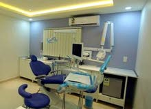 مطلوب طبيبة اسنان لمركز في شمال الرياض
