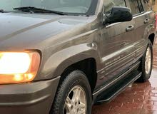 Grey Jeep Grand Cherokee 2000 for sale