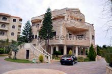 Villa palace for sale that is 0 - 11 months old