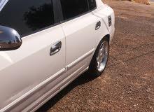 For sale 2000 White Avante