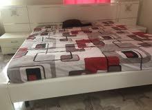 bedroom for URGENT sale اثاث غرفة نوم للبيع المستعجل