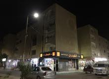 للبيع شقة موقع مميز على الشارع العام بالمستقبل عمارات مجلس المدينة 3 غرف