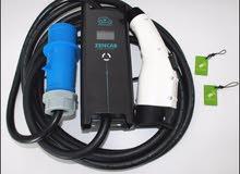 شاحن سريع للسيارات الكهربائية متنقل