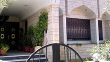 Villa for sale with 3 Bedrooms rooms - Amman city Al Muqabalain