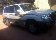 Toyota Land Cruiser 2002 For sale - White color