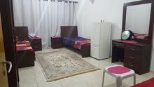 متوفر غرفة كبيرة بشارع الشيخ زايد موقع متميز \ AVAILABLE ONE BED ROOM IN SHEIKH ZAYED ROAD
