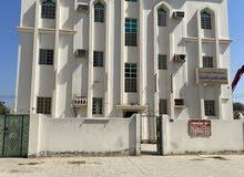 شقق للايجار في صحار الطريف على الشارع العام جنب بيت الشاي