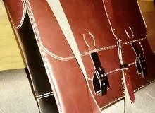 حقيبة لابتوب من الجلد الطبيعي