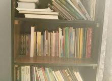 رفوف للكتب مستعمل بحالة جيدة