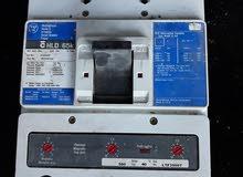 قاطع كهربائي أمريكي 3 فاز 650 امبير معياري