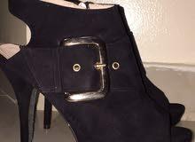 Taiyu heels.