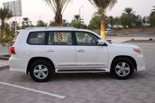 Renting Toyota cars, Land Cruiser 2012 for rent in Muscat city