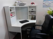 مكتب وكرسي (IKEA)