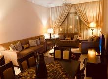 للايجار شقة مفروشة 3 غرف وصالة التعاون الشارقة بسعر غرفتين وصالة فرش جديد
