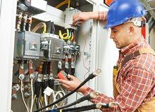 مهندس كهربائي خبرة 6 سنوات في المملكه في مكتب استشاري