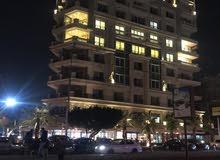 شقه دور ثانى بموقع متميز تصلح للشركات والمراكز الكبرى للايجار بارقى مواقع مصر الجديده