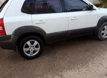 سيارة هيونداي توسان 2005 بحالة جيدة للبيع