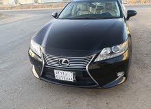 Lexus ES 350 car for sale 2014 in Al Madinah city