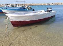 قارب مع محرك للبيع