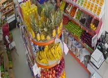 للبيع محل مواد غذائية وخضار وفواكه للبيع مدخول ممتاز في حولي شارع المثني