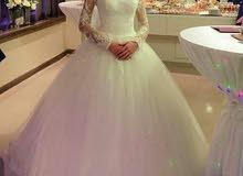 فستان فرح للبيع