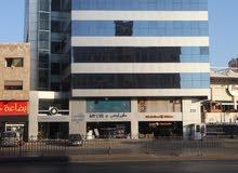 مكاتب بمساحات تصل الى 600م للإيجار في شارع المدينة المنورة