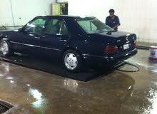 Mercedes Benz E 230 car for sale 1993 in Farwaniya city
